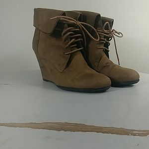 Fioni Womens Lace Up Brown Wedge Booties